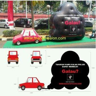 Balon Karakter Mobil dan Asap